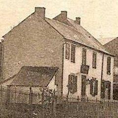 Zoom - Environ 1907